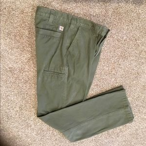 CARHARTT MENS RELAXED FIT JEANS. OLIVE GREEN 34X34
